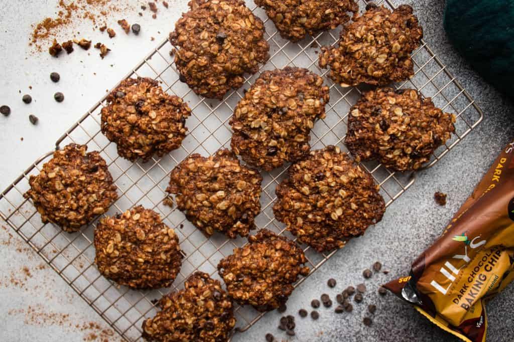 Chocolate Chip & Pretzel Oat Cookies